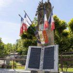 Monument aux morts Saint-Sauvant 17